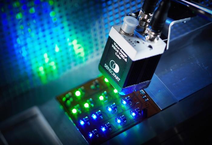 VisorV20C-A-color-LED_8203